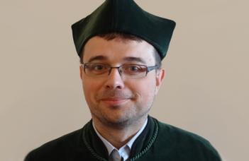"Dr. Marcin Wojciech Solarz: ""Warsaw's Code: Politics in the Space of Warsaw"""
